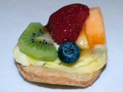 Mini Four Seasons Tart - dessertsbygerard.com