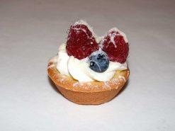Mini Custard Berry Tart - dessertsbygerard.com