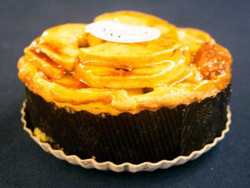 Apple Custard Tart - dessertsbygerard.com