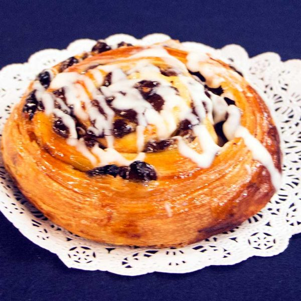 Cinnamon Raisin Danish - dessertsbygerard.com