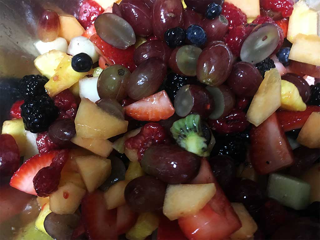 Fresh Fruit Salad - dessertsbygerard.com