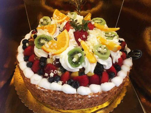 Fruit Cheese Cake - dessertsbygerard.com