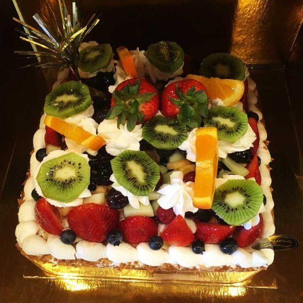 Fruit Cheesecake - 8 inch square - dessertsbygerard.com