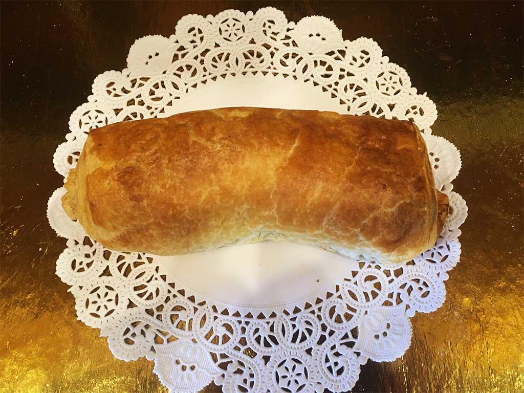 Italian Sausage Roll - dessertsbygerard.com
