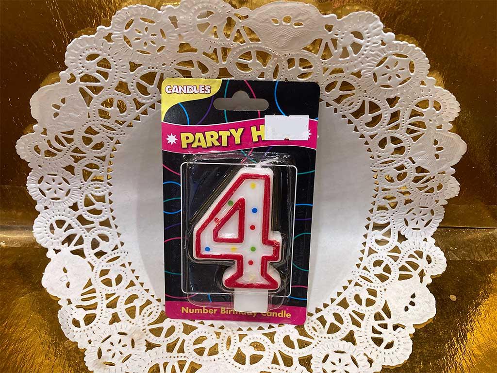 Number Candle - Four - dessertsbygerard.com