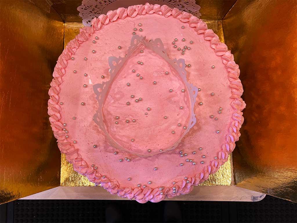 Rosette Buttercream Cake - dessertsbygerard.com