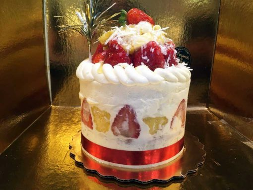 Pineapple Strawberry Shortcake - dessertsbygerard.com