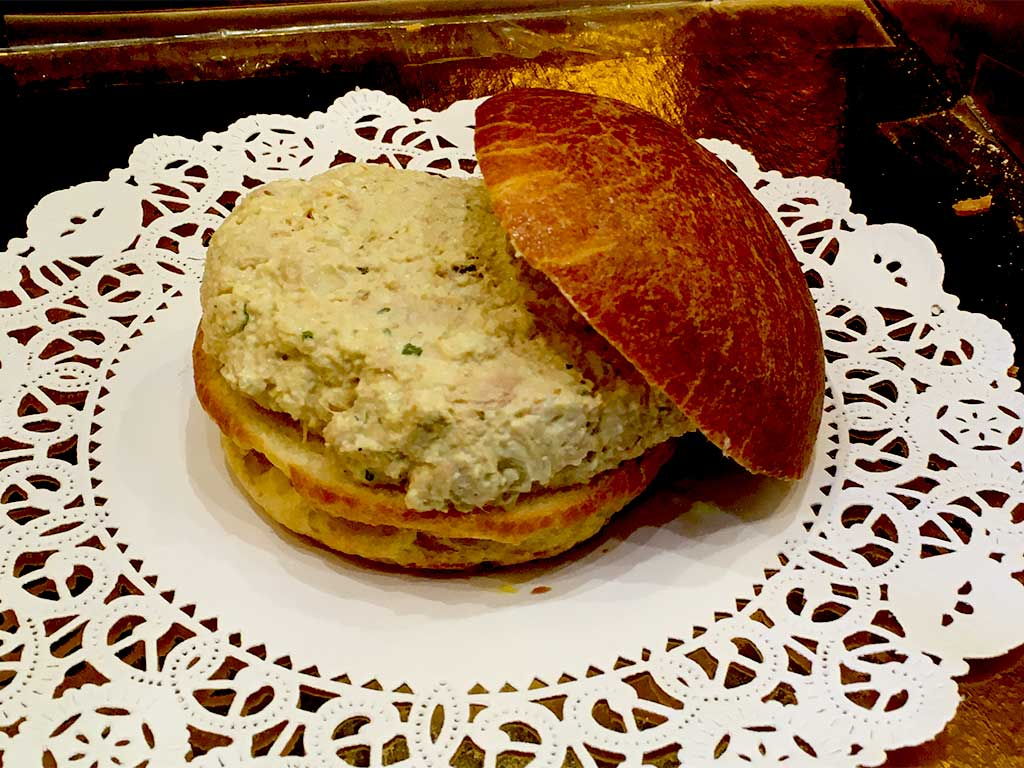 Small Chicken or Tuna Sandwich on Brioche - dessertsbygerard.com