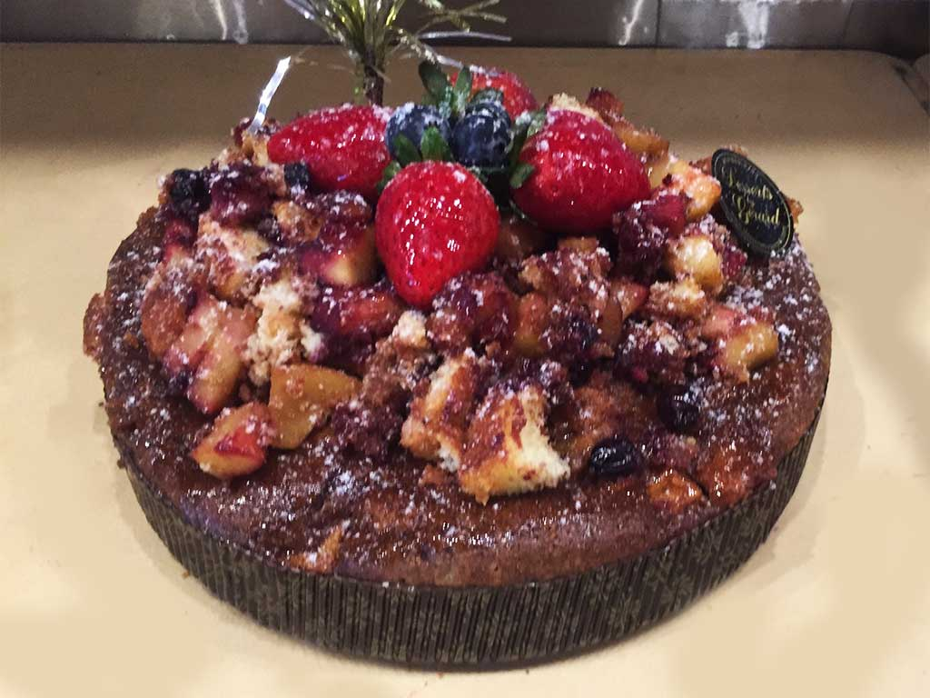 Apple Crumb Cake - dessertsbygerard.com