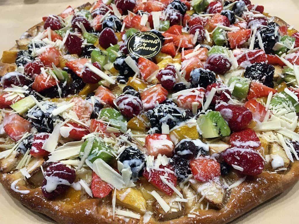 Fruit Pizza - dessertsbygerard.com