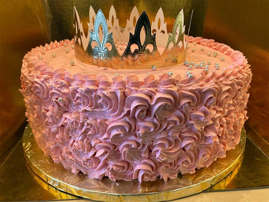 Butter Cream Rosette Cake - dessertsbygerard.com