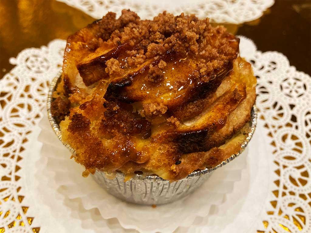 Apple Cobbler Individual - dessertsbygerard.com