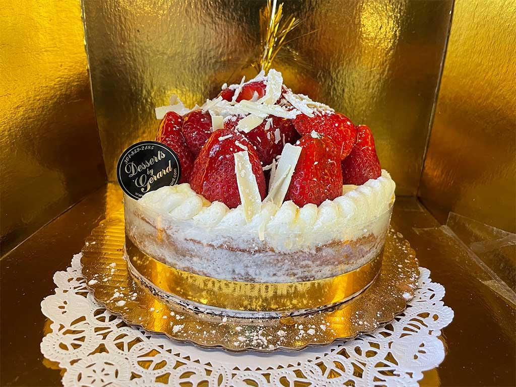 Naked Strawberry Shortcake - 8inch One layer - dessertsbygerard.com