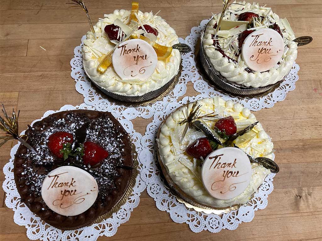 Sponge Cake One Layer - dessertsbygerard.com